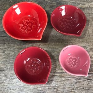Ceramic measuring cup set Lotus 3D red pink